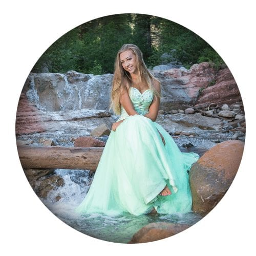 Senior photos durango river